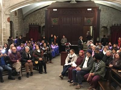 El Grup Interreligiós del Raval homenatja la dona en la seva celebració nadalenca