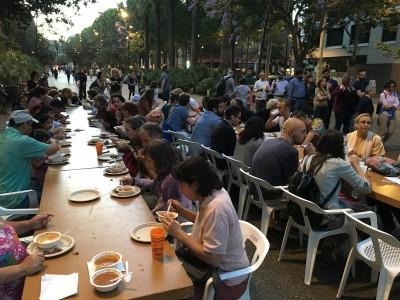 Iftar popular a la Rambla del Raval